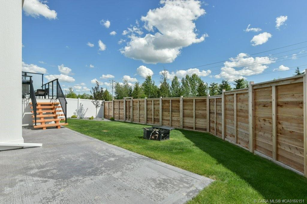 Photo 46: Photos: 13 GARRISON Place in Red Deer: RR Garden Heights Residential for sale : MLS®# CA0166151
