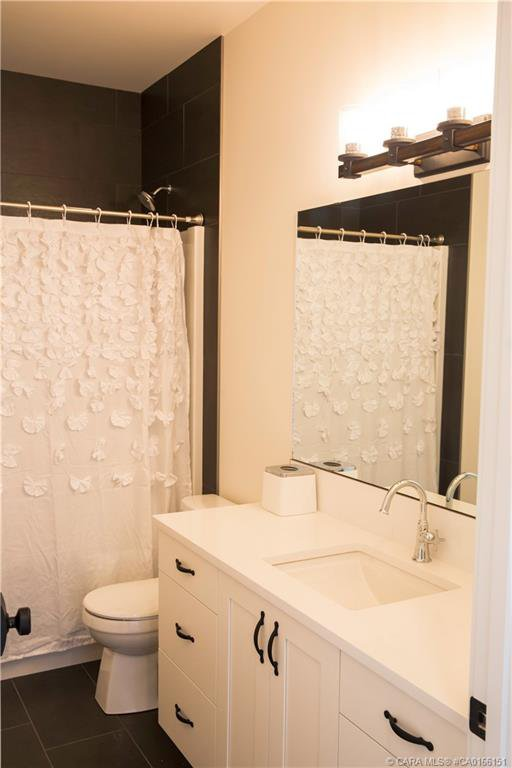 Photo 22: Photos: 13 GARRISON Place in Red Deer: RR Garden Heights Residential for sale : MLS®# CA0166151