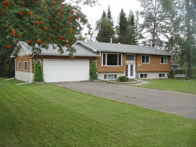 Main Photo: 244 GEROW Drive in Burns Lake: Burns Lake - Town House for sale (Burns Lake (Zone 55))  : MLS®# R2397756