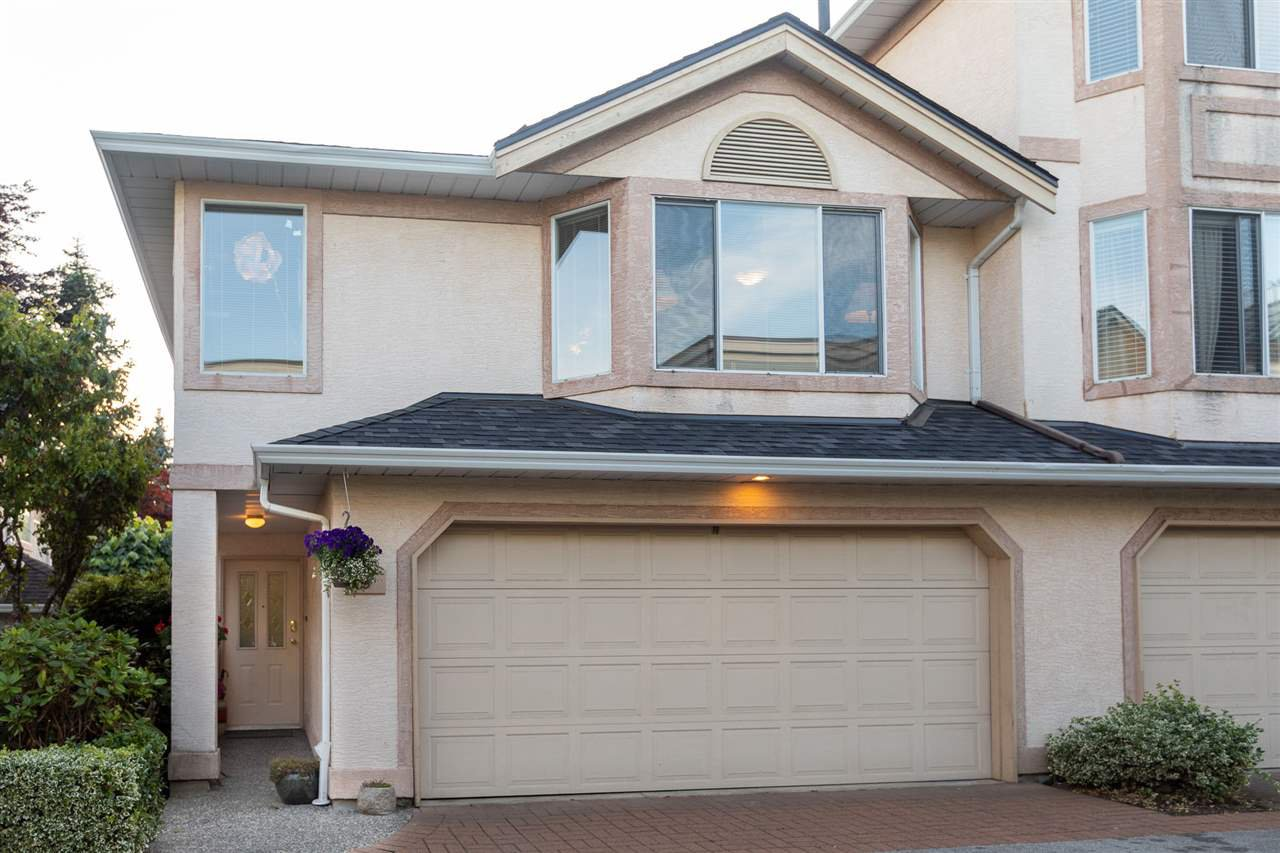 """Main Photo: 8 11952 64 Avenue in Delta: Sunshine Hills Woods Townhouse for sale in """"Sunwood Place"""" (N. Delta)  : MLS®# R2461932"""