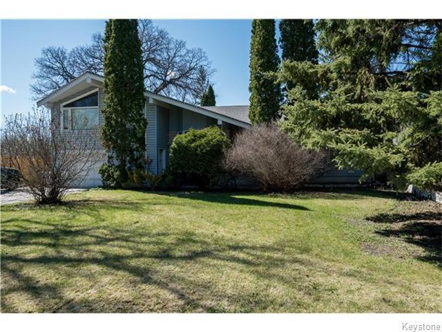 Main Photo: 1214 Kildonan Drive in Winnipeg: East Kildonan Residential for sale (North East Winnipeg)  : MLS®# 1604914