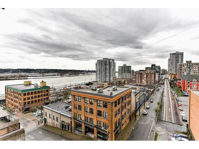 """Main Photo: 705 39 SIXTH Street in New Westminster: Downtown NW Condo for sale in """"QUANTUM"""" : MLS®# R2042920"""