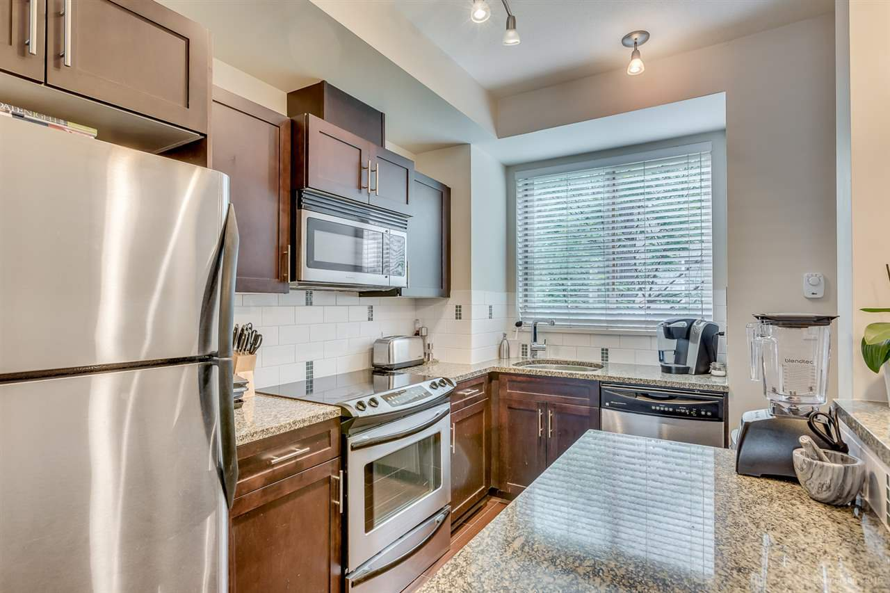 Main Photo: 232 2108 ROWLAND Street in Port Coquitlam: Central Pt Coquitlam Townhouse for sale : MLS®# R2065588
