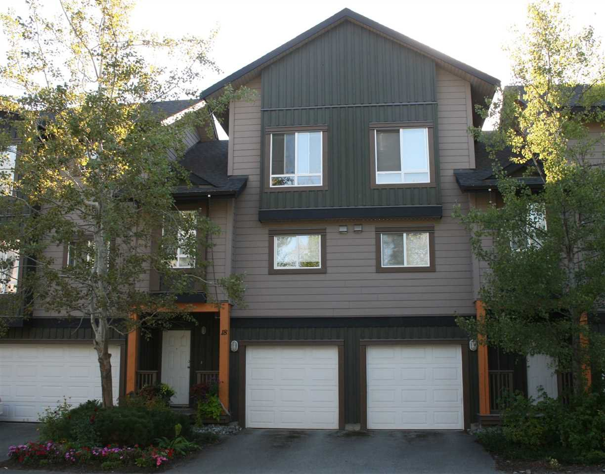 "Main Photo: 18 7400 ARBUTUS Street: Pemberton Townhouse for sale in ""WOODBRIDGE"" : MLS®# R2101941"