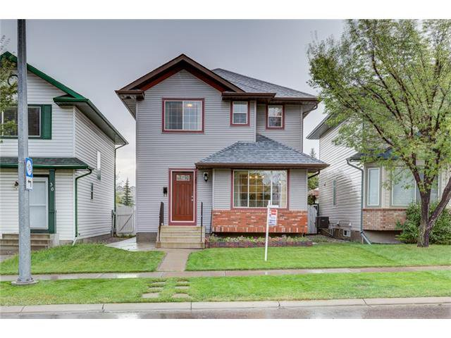 Main Photo: 26 HIDDEN VALLEY Link NW in Calgary: Hidden Valley House for sale : MLS®# C4079786