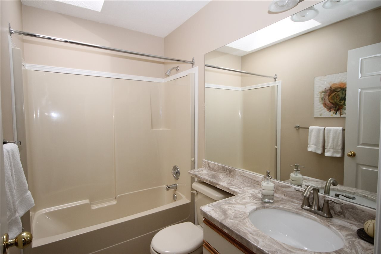 "Photo 14: Photos: 69 2345 CRANLEY Drive in Surrey: King George Corridor Manufactured Home for sale in ""La Mesa"" (South Surrey White Rock)  : MLS®# R2153099"