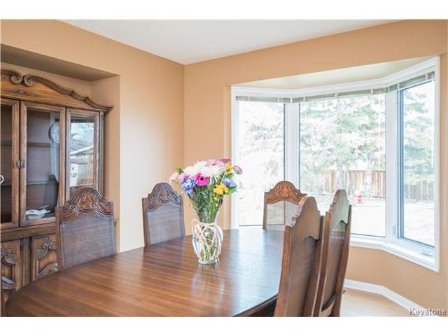 Photo 4: Photos: 14 Principal Bay in Winnipeg: North Kildonan Residential for sale (3G)  : MLS®# 1710088