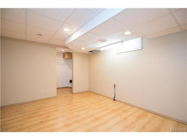 Photo 16: Photos: 14 Principal Bay in Winnipeg: North Kildonan Residential for sale (3G)  : MLS®# 1710088