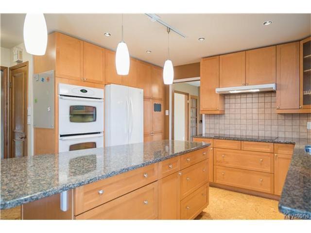 Photo 5: Photos: 14 Principal Bay in Winnipeg: North Kildonan Residential for sale (3G)  : MLS®# 1710088