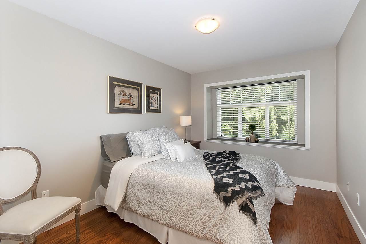 Photo 8: Photos: 645 E 30TH Avenue in Vancouver: Fraser VE House for sale (Vancouver East)  : MLS®# R2204654