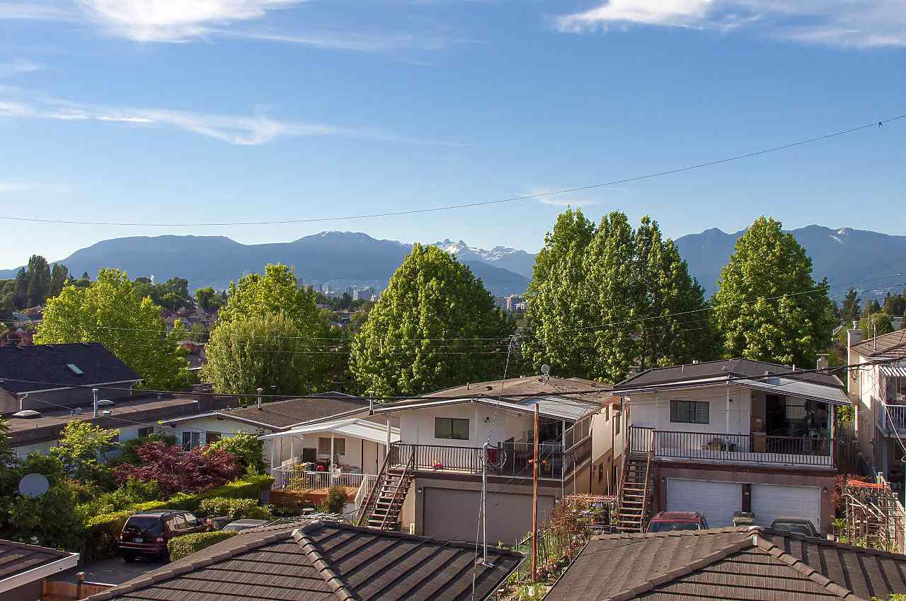 Photo 17: Photos: 645 E 30TH Avenue in Vancouver: Fraser VE House for sale (Vancouver East)  : MLS®# R2204654