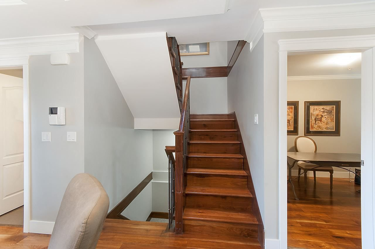 Photo 6: Photos: 645 E 30TH Avenue in Vancouver: Fraser VE House for sale (Vancouver East)  : MLS®# R2204654