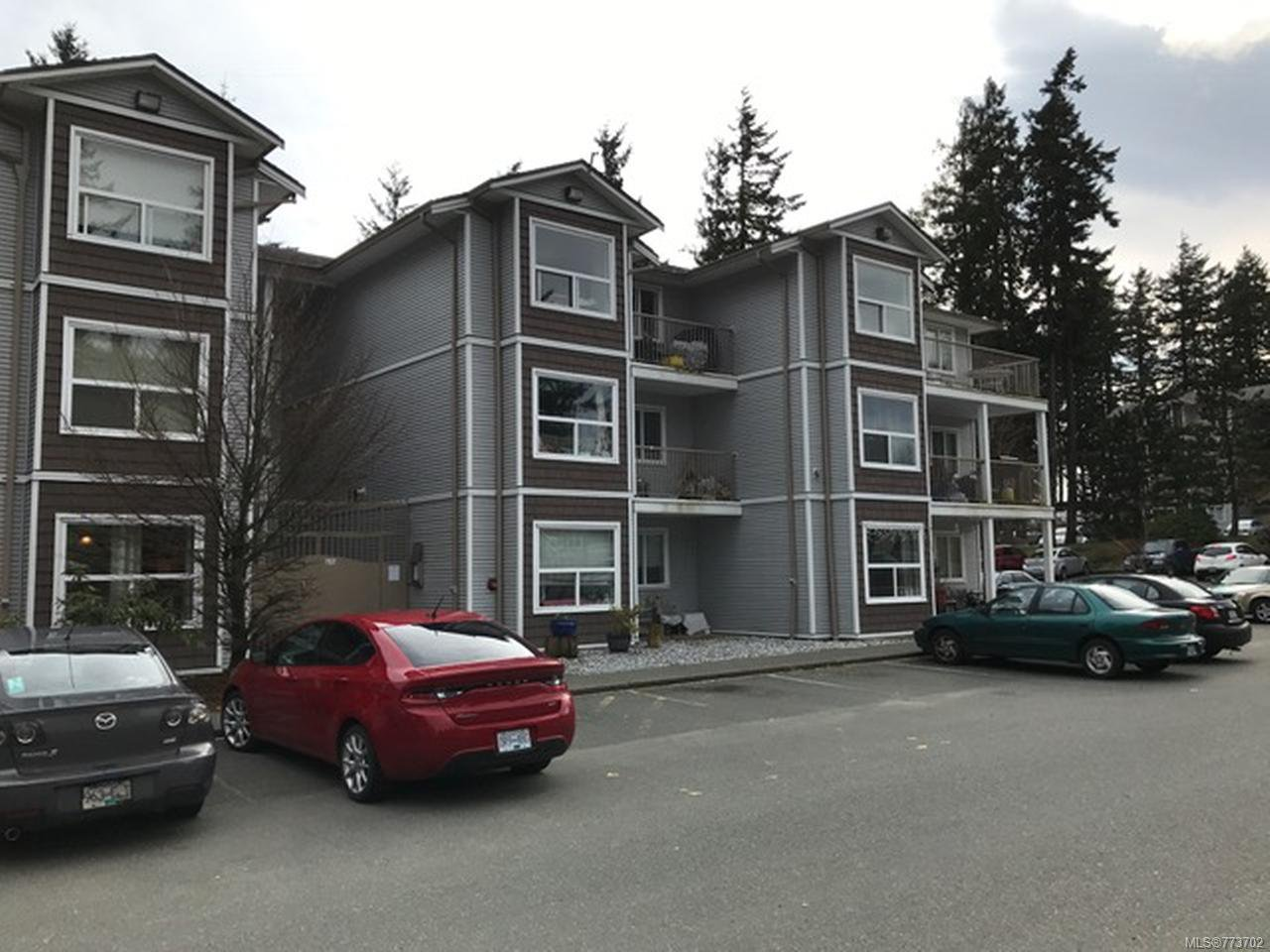 Photo 3: Photos: 104 262 Birch St in CAMPBELL RIVER: CR Campbell River Central Condo for sale (Campbell River)  : MLS®# 773702
