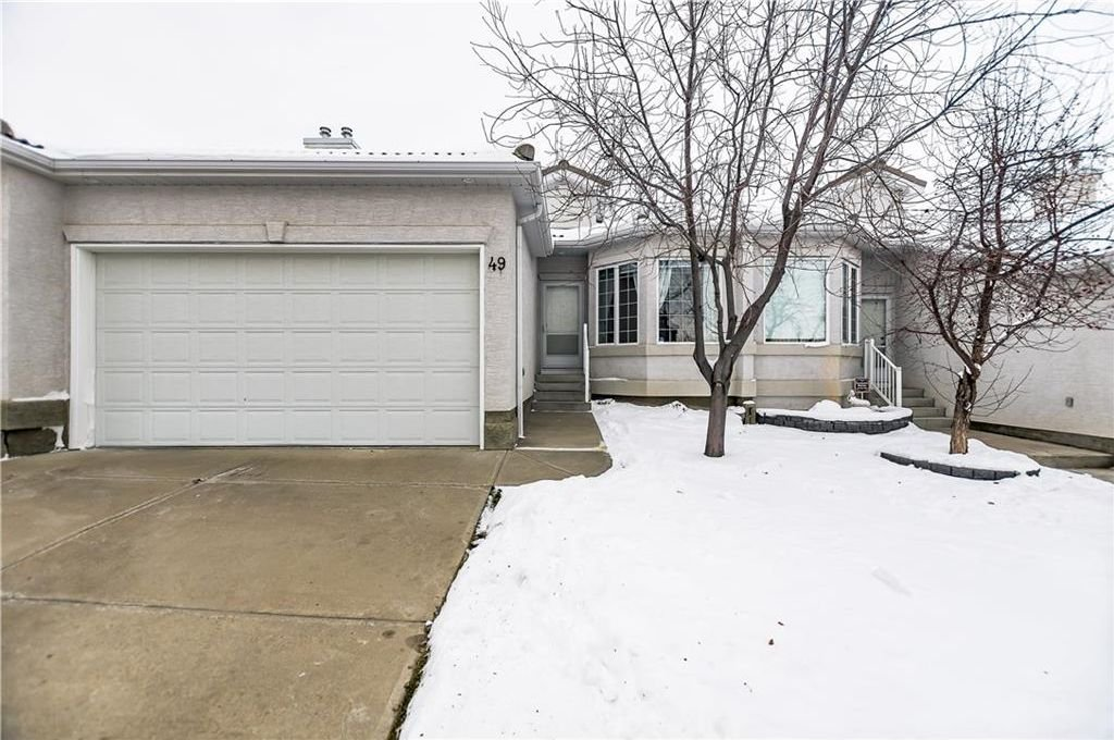 Main Photo: 49 HAMPSTEAD Green NW in Calgary: Hamptons House for sale : MLS®# C4145042