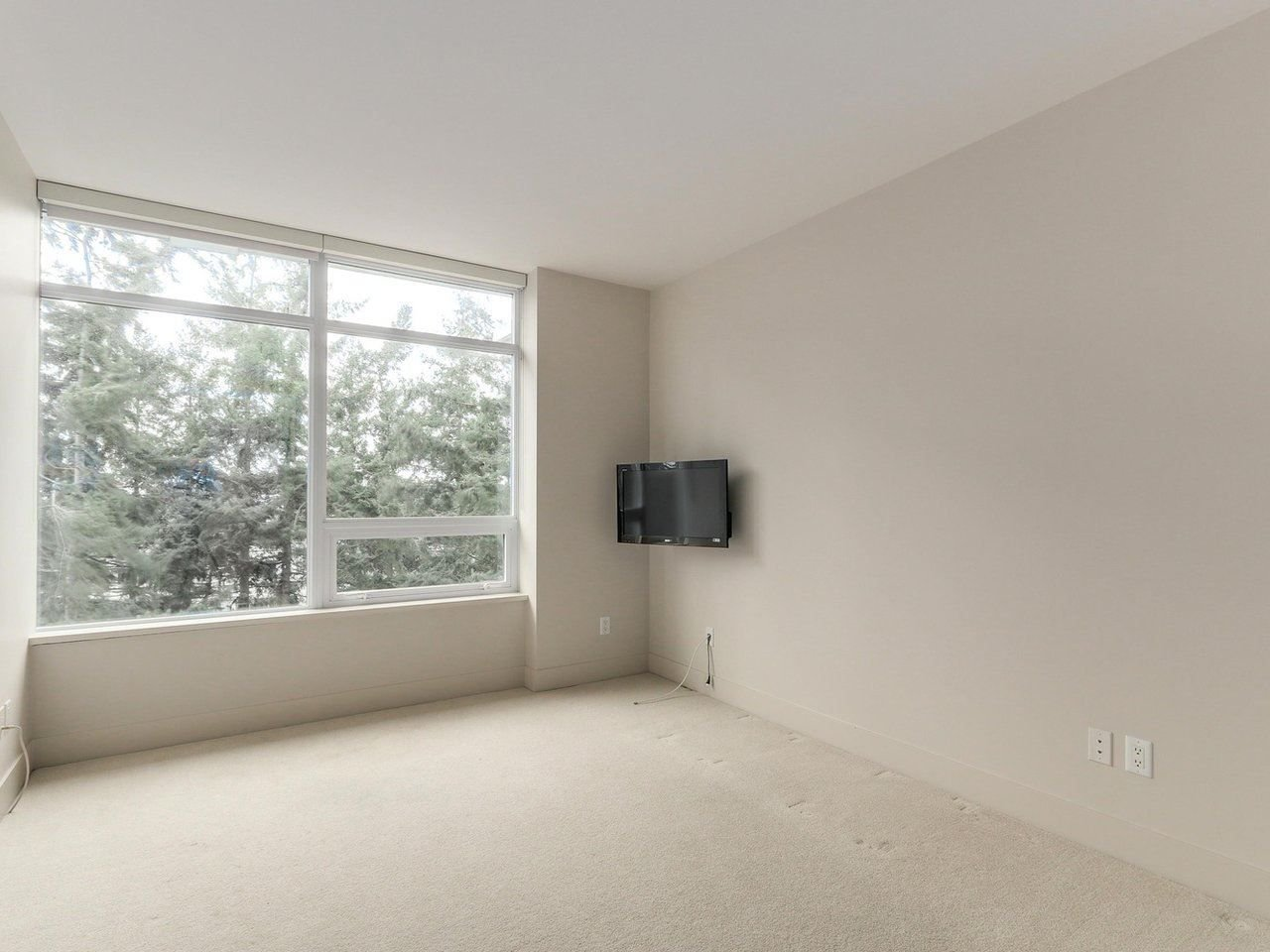 "Photo 14: Photos: 802 15152 RUSSELL Avenue: White Rock Condo for sale in ""Miramar Village"" (South Surrey White Rock)  : MLS®# R2225348"
