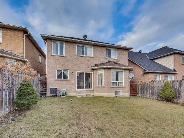 Photo 19: Photos: 188 Raponi Circle in Toronto: Rouge E11 House (2-Storey) for sale (Toronto E11)  : MLS®# E4005850