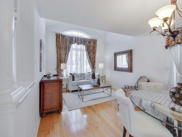 Photo 3: Photos: 188 Raponi Circle in Toronto: Rouge E11 House (2-Storey) for sale (Toronto E11)  : MLS®# E4005850
