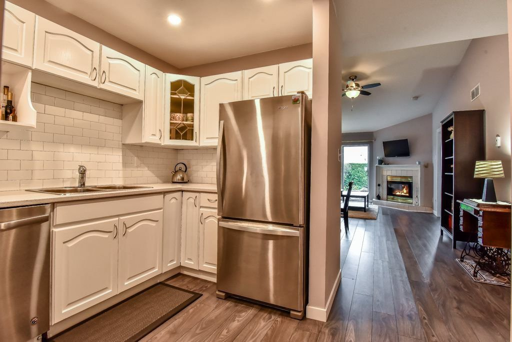All brand new appliances and new counters, and plenty of cupboard space