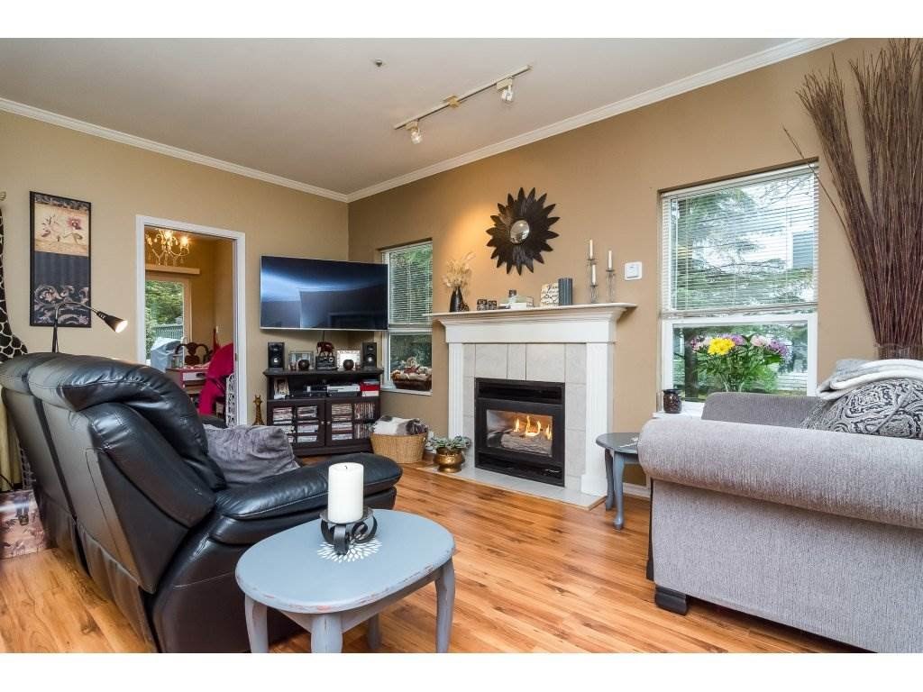"Photo 4: Photos: 106 33502 GEORGE FERGUSON Way in Abbotsford: Central Abbotsford Condo for sale in ""Carina Court"" : MLS®# R2262879"