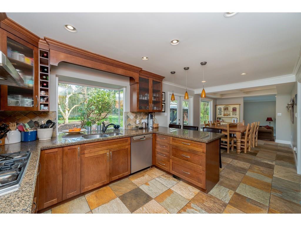 "Photo 10: Photos: 11220 MASON Place in Delta: Sunshine Hills Woods House for sale in ""Sunshine Hills"" (N. Delta)  : MLS®# R2308810"