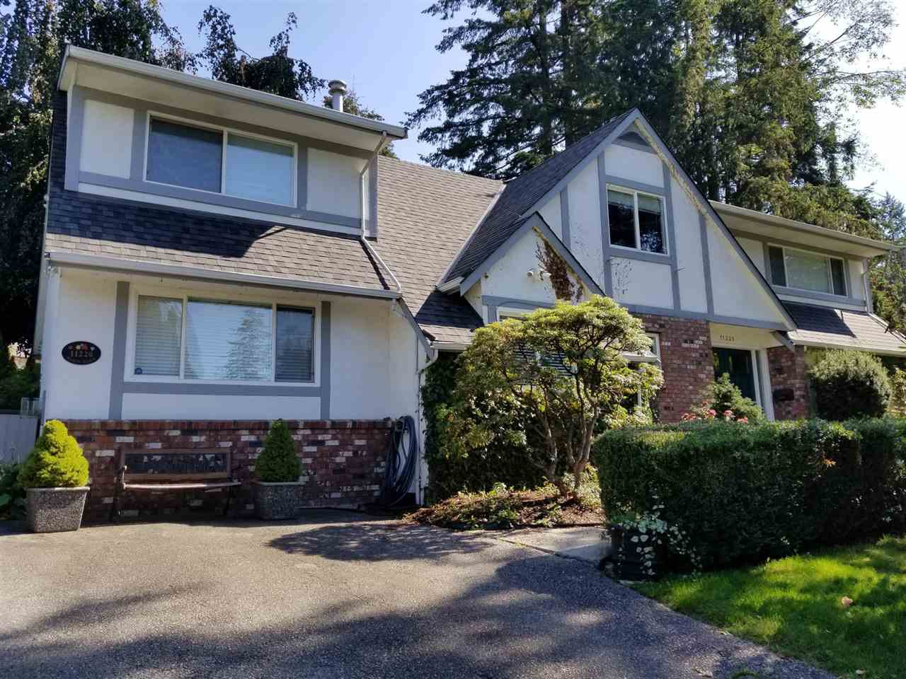 "Photo 2: Photos: 11220 MASON Place in Delta: Sunshine Hills Woods House for sale in ""Sunshine Hills"" (N. Delta)  : MLS®# R2308810"