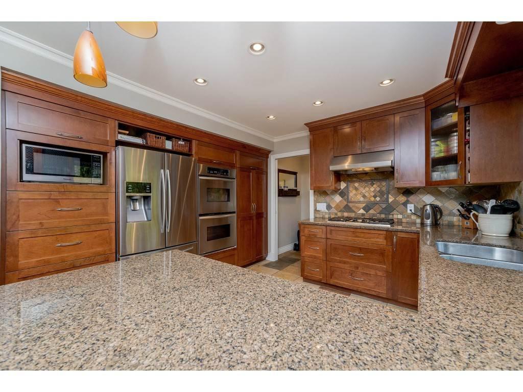 "Photo 9: Photos: 11220 MASON Place in Delta: Sunshine Hills Woods House for sale in ""Sunshine Hills"" (N. Delta)  : MLS®# R2308810"