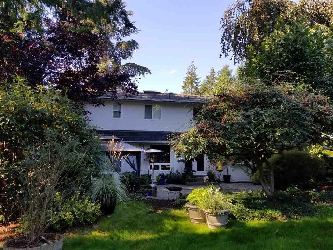 "Photo 3: Photos: 11220 MASON Place in Delta: Sunshine Hills Woods House for sale in ""Sunshine Hills"" (N. Delta)  : MLS®# R2308810"
