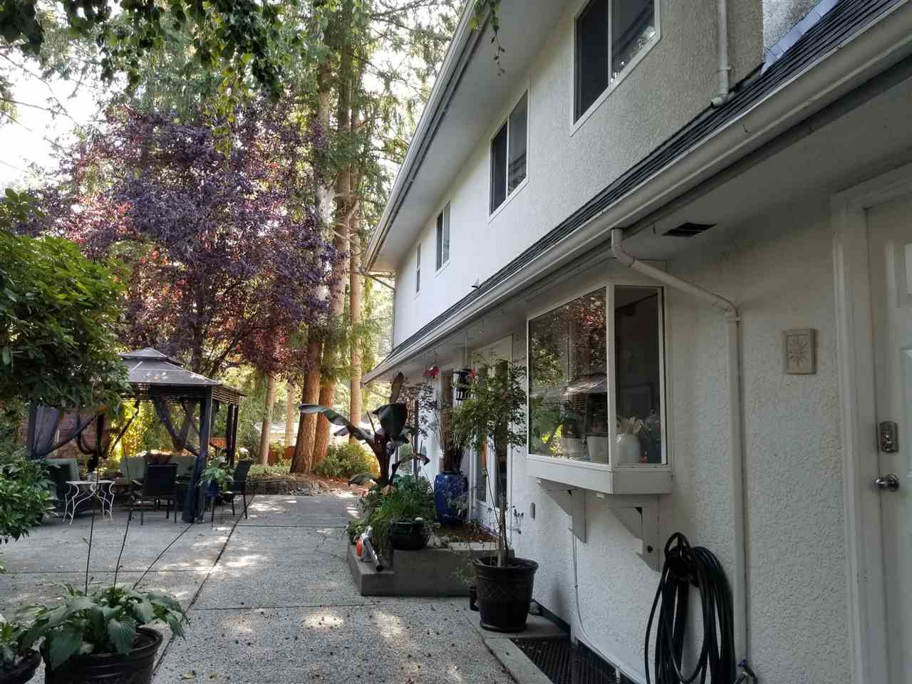"Photo 5: Photos: 11220 MASON Place in Delta: Sunshine Hills Woods House for sale in ""Sunshine Hills"" (N. Delta)  : MLS®# R2308810"