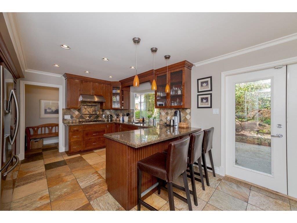 "Photo 8: Photos: 11220 MASON Place in Delta: Sunshine Hills Woods House for sale in ""Sunshine Hills"" (N. Delta)  : MLS®# R2308810"
