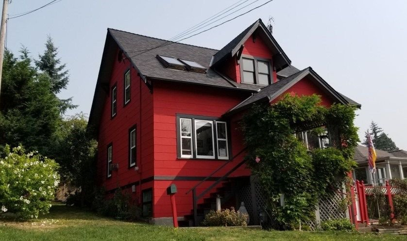 Main Photo: 1007 ALDERSON Avenue in Coquitlam: Maillardville House for sale : MLS®# R2311810