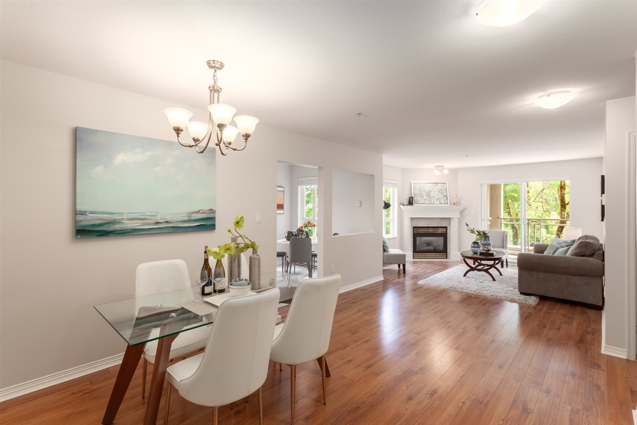 """Main Photo: 307 5683 HAMPTON Place in Vancouver: University VW Condo for sale in """"WYNDHAM HALL"""" (Vancouver West)  : MLS®# R2318427"""