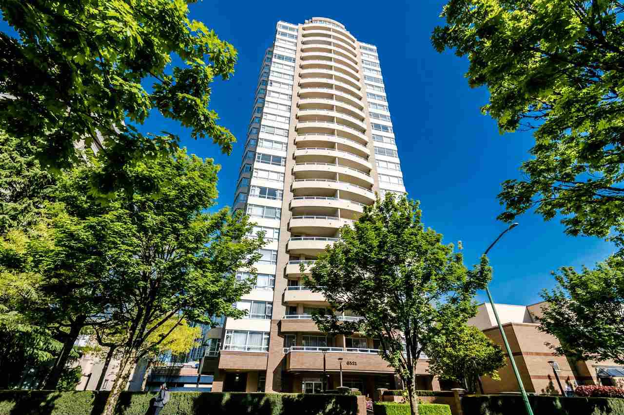 "Main Photo: 2400 6521 BONSOR Avenue in Burnaby: Metrotown Condo for sale in ""SYMPHONY I"" (Burnaby South)  : MLS®# R2367716"