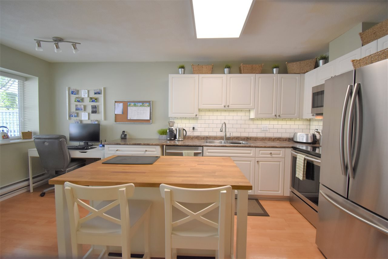 """Photo 7: Photos: 39 23575 119 Avenue in Maple Ridge: Cottonwood MR Townhouse for sale in """"Holly Hock"""" : MLS®# R2370536"""