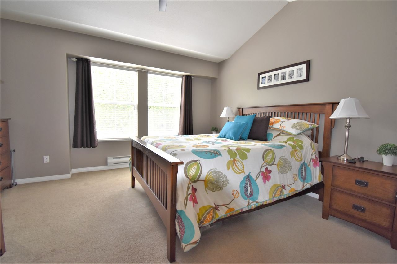 """Photo 10: Photos: 39 23575 119 Avenue in Maple Ridge: Cottonwood MR Townhouse for sale in """"Holly Hock"""" : MLS®# R2370536"""