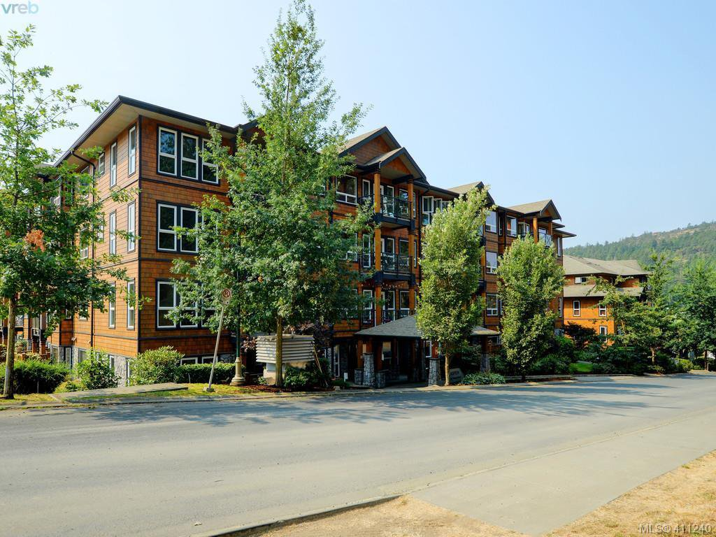 Main Photo: 203 201 Nursery Hill Dr in VICTORIA: VR Six Mile Condo Apartment for sale (View Royal)  : MLS®# 815174