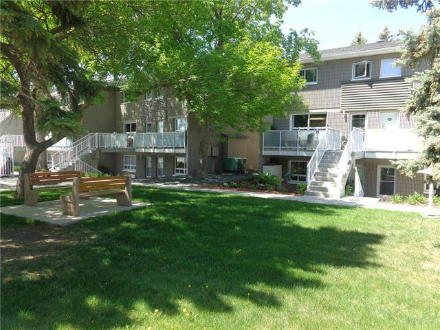 Main Photo: 301 212 Greenway Crescent West in Winnipeg: Condominium for sale (5H)  : MLS®# 1915236