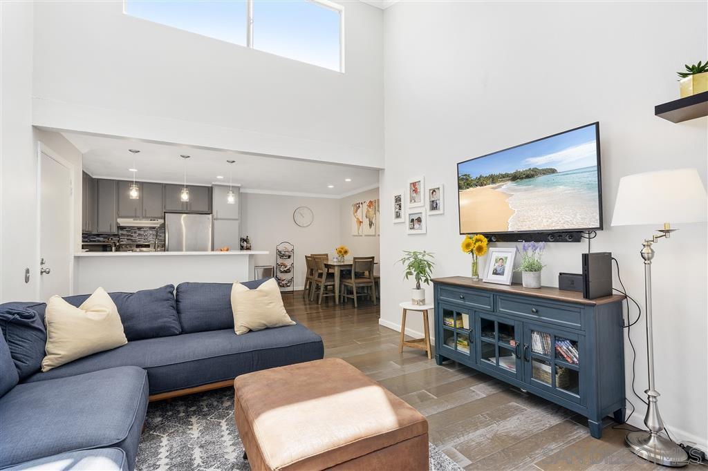 Main Photo: SERRA MESA Condo for sale : 3 bedrooms : 3591 Ruffin Rd #224 in San Diego