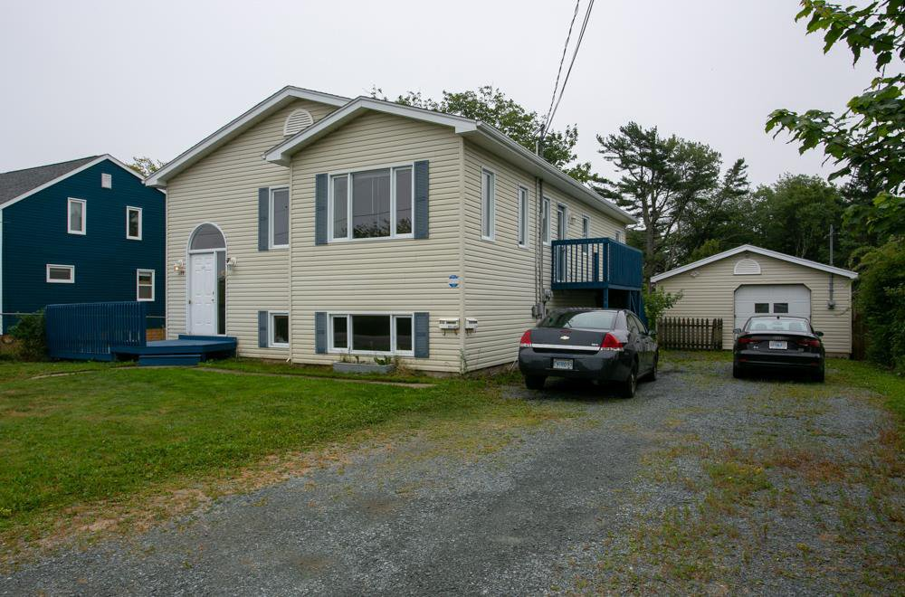 Main Photo: 172 Old Sambro Road in Halifax: 7-Spryfield Multi-Family for sale (Halifax-Dartmouth)  : MLS®# 202015684