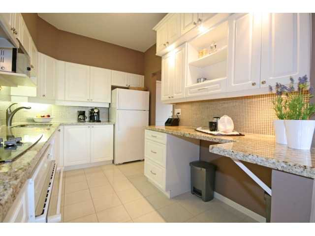 "Photo 2: Photos: 305 5262 OAKMOUNT Crescent in Burnaby: Oaklands Condo for sale in ""ST. ANDREWS"" (Burnaby South)  : MLS®# V882257"