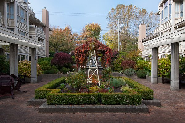 "Photo 25: Photos: # 311 3755 W 8TH AV in Vancouver: Point Grey Condo for sale in ""THE CUMBERLAND"" (Vancouver West)  : MLS®# V1040579"