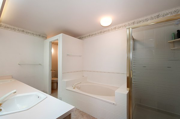 "Photo 20: Photos: # 311 3755 W 8TH AV in Vancouver: Point Grey Condo for sale in ""THE CUMBERLAND"" (Vancouver West)  : MLS®# V1040579"