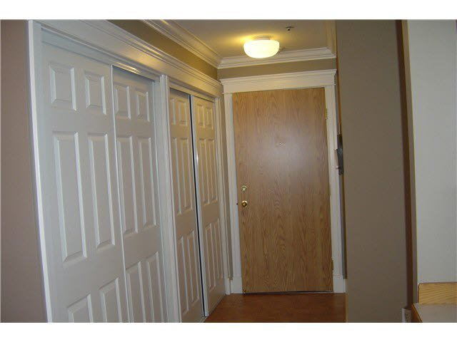 """Photo 11: Photos: 301 11595 FRASER Street in Maple Ridge: East Central Condo for sale in """"BRICKWOOD PLACE"""" : MLS®# V1072389"""