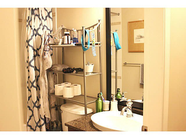 """Photo 5: Photos: 642 W 6TH Avenue in Vancouver: Fairview VW Townhouse for sale in """"BOHEMIA"""" (Vancouver West)  : MLS®# V1124880"""