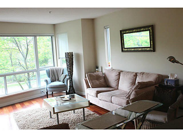 """Photo 10: Photos: 642 W 6TH Avenue in Vancouver: Fairview VW Townhouse for sale in """"BOHEMIA"""" (Vancouver West)  : MLS®# V1124880"""