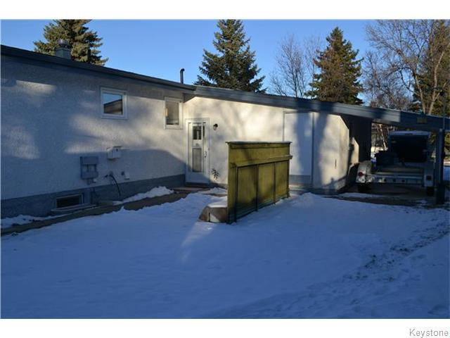 Photo 16: Photos: 63 Tyrone Bay in WINNIPEG: St Vital Residential for sale (South East Winnipeg)  : MLS®# 1531111