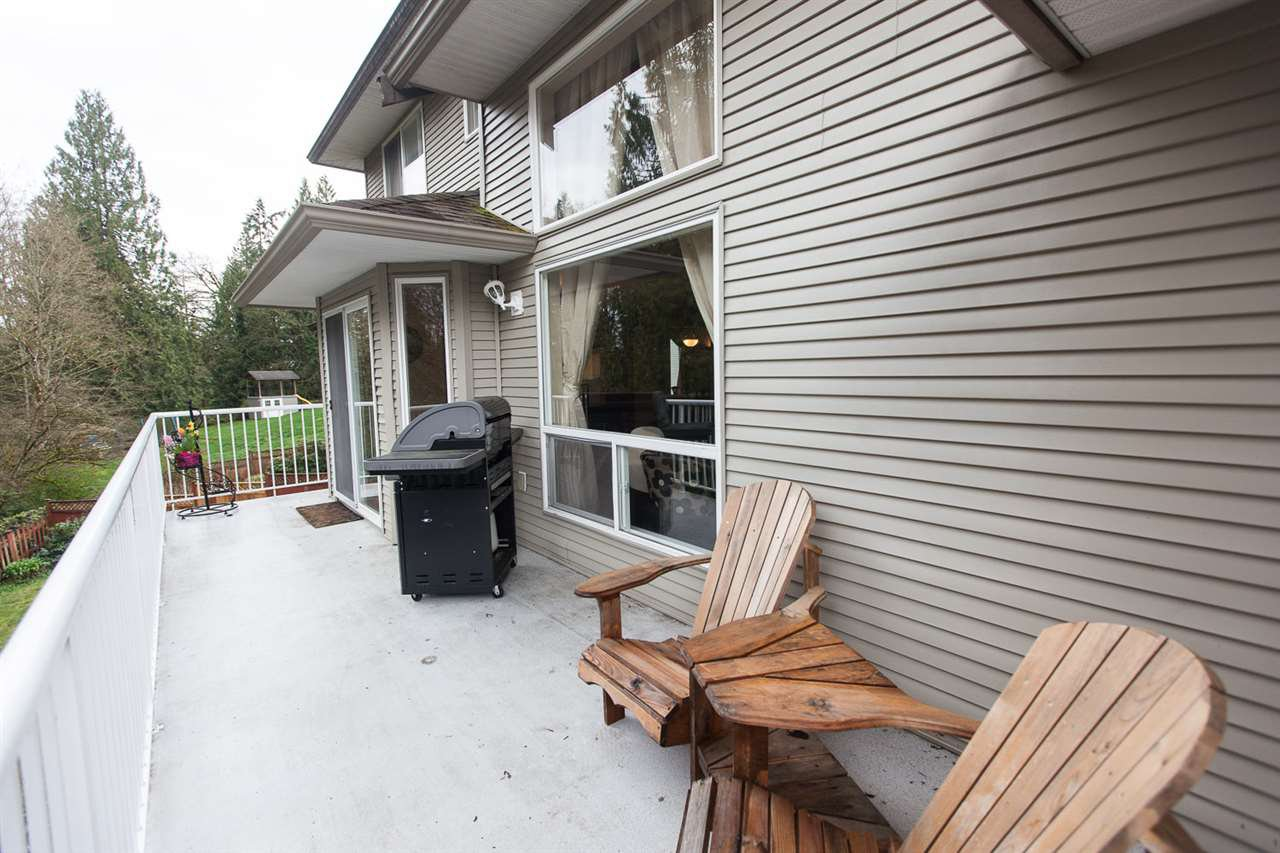 """Photo 18: Photos: 23724 114A Avenue in Maple Ridge: Cottonwood MR House for sale in """"GILKER HILL ESTATES"""" : MLS®# R2049062"""