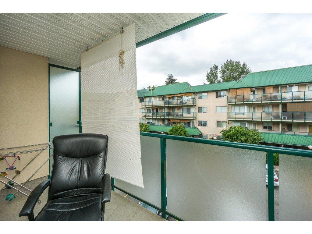 "Photo 18: Photos: 305 2960 TRETHEWEY Street in Abbotsford: Abbotsford West Condo for sale in ""Cascade Green"" : MLS®# R2088579"