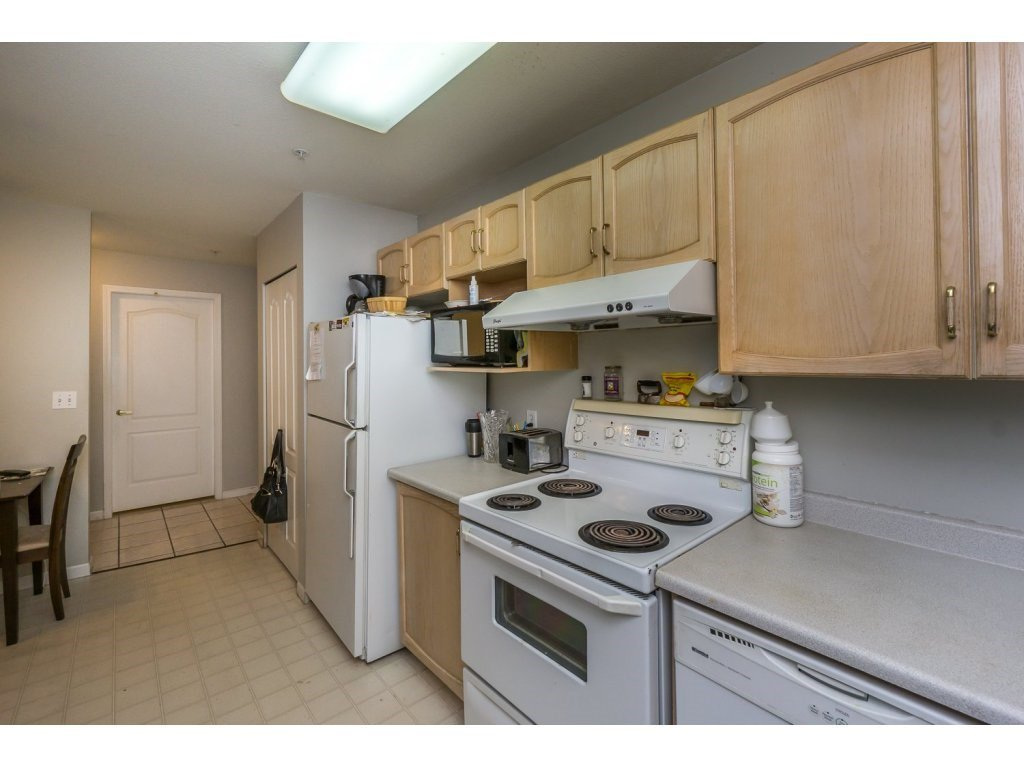 "Photo 11: Photos: 305 2960 TRETHEWEY Street in Abbotsford: Abbotsford West Condo for sale in ""Cascade Green"" : MLS®# R2088579"