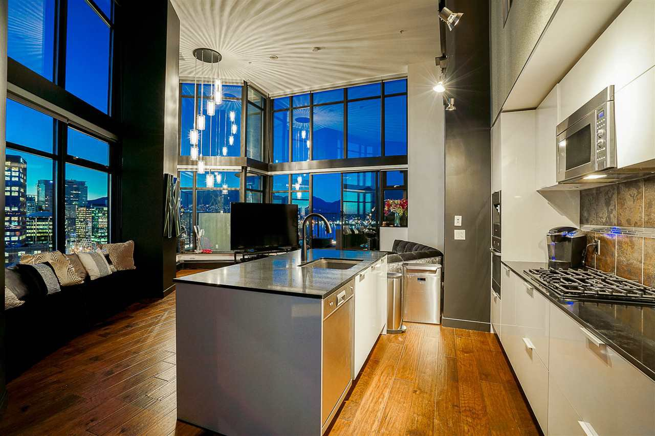 Main Photo: 2910 128 W CORDOVA STREET in Vancouver: Downtown VW Condo for sale (Vancouver West)  : MLS®# R2146914