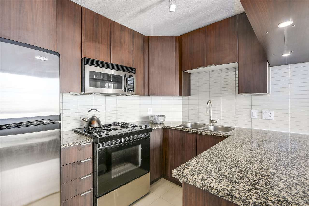 "Photo 7: Photos: 1002 1010 RICHARDS Street in Vancouver: Yaletown Condo for sale in ""THE GALLERY"" (Vancouver West)  : MLS®# R2208640"